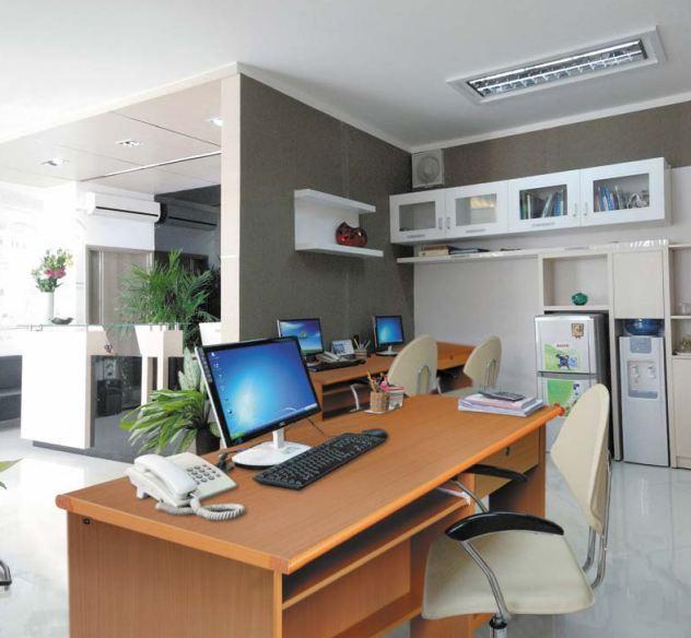 10 Lưu ý khi chọn mua bàn máy tính phù hợp với văn phòng